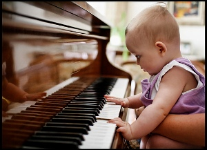 Resultado de imagen de como afecta la musica cerebro bebes