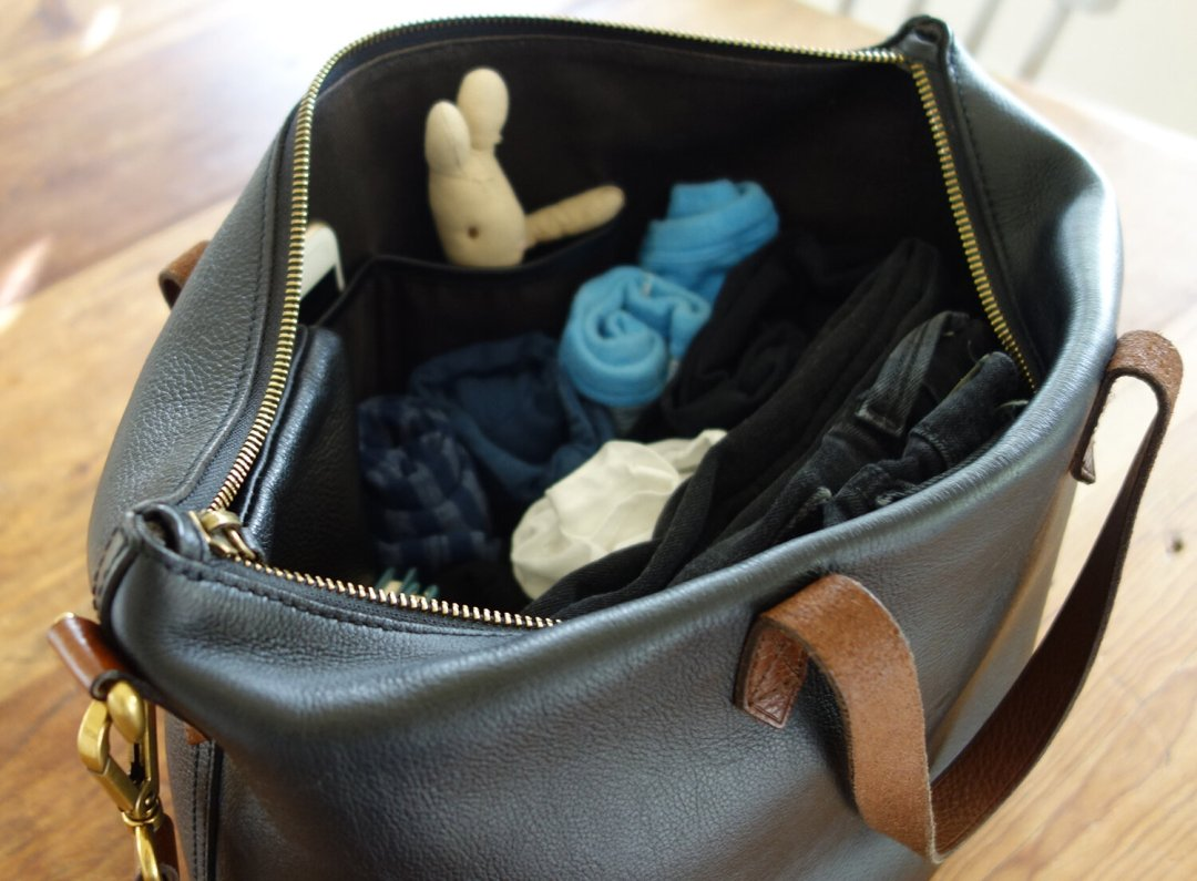 packing lightly with kids | reading my tea leaves