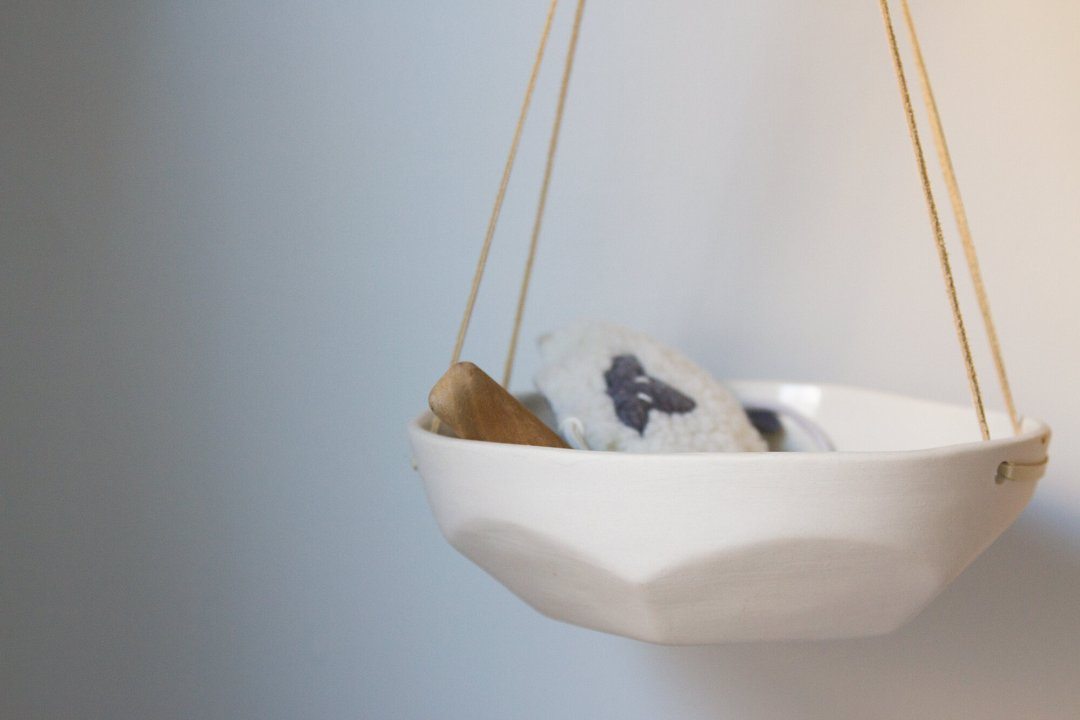 hanging tray | reading my tea leaves