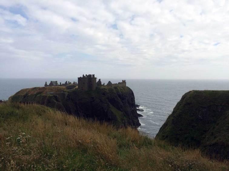 Dunnottar Castle an der Ostküste Schottlands. Hier versteckten die Schotten im 17. Jahrhundert für kurze Zeit die Reichsinsignien, nachdem die Engländer die Burg von Edinburgh eingenommen hatten.