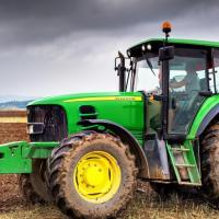 Взлом прошивок тракторов John Deere для их самостоятельного ремонта