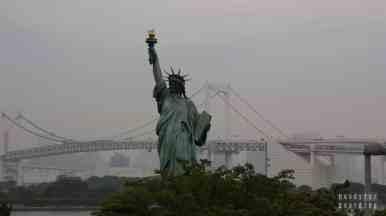 Japonia, Tokio - wyspa Odaiba, most tęczowy