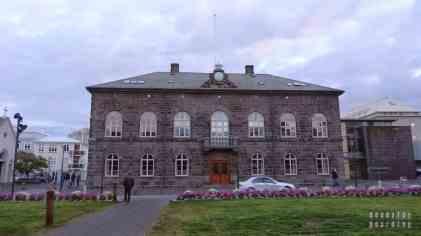 Alþingishúsið - Ratusz Reykjaviku - Islandia