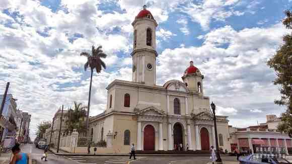 Catedral de la Purisima Concepcion w Cienfuegos - Kuba