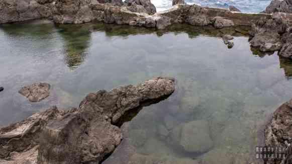 Natualne baseny lawowe w Port Moniz, Madera