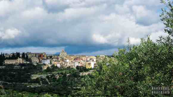 Droga do Necropoli di Pantalica - Sycylia