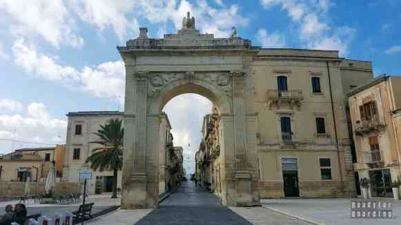 Brama Królewska w Noto - Sycylia