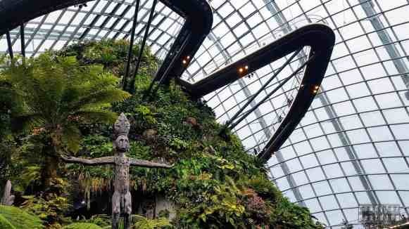 Cloud Walk, Cloud Forest, Gardens by the Bay - Singapur