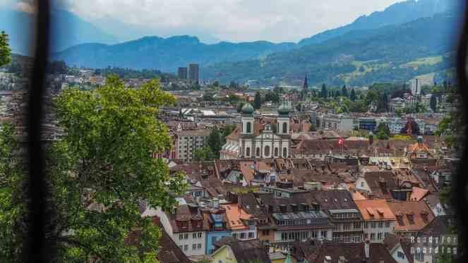 Widok na kościół jezuitów, Lucerna - Szwajcaria