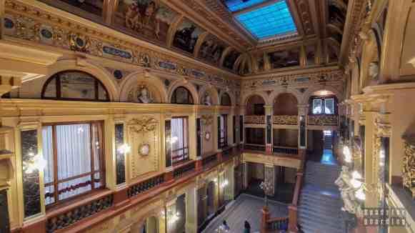 Zwiedzanie opery we Lwowie