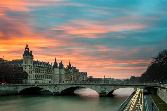 River Seine | 6 must-see locations in Paris | Ready To Go
