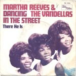 11-MARTHA-AND-THE-VANDELLAS-Dancing-In-The-Streets