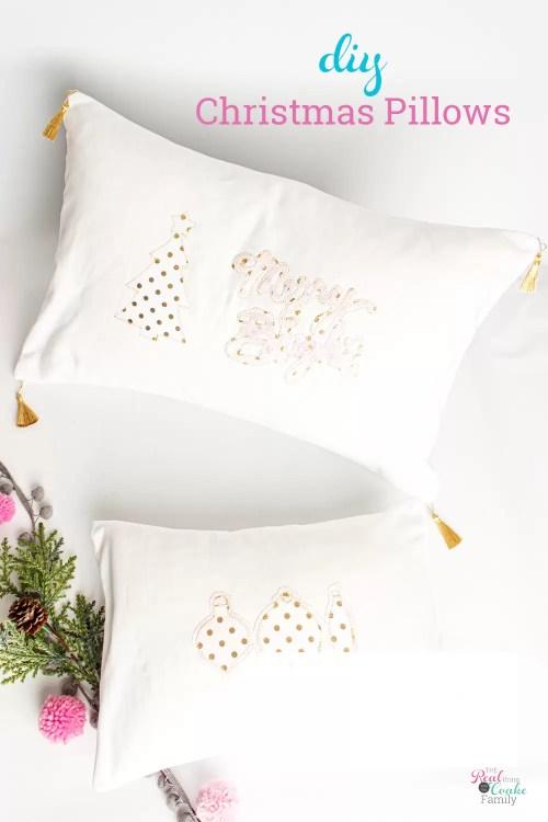 2 diy Christmas pillows