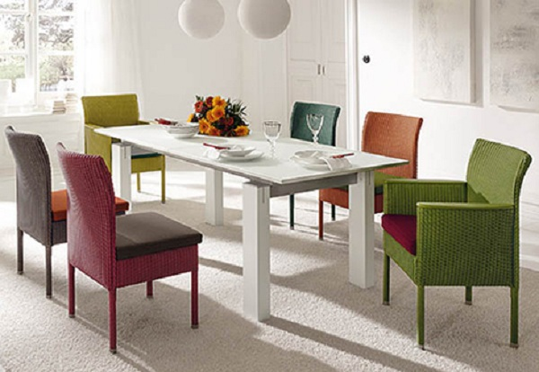 Dining-Room-Decorating-with-The-Wicker-Chairs-1