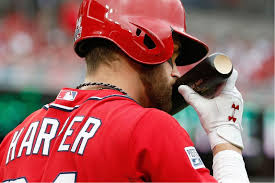 You'd be kissing your bat too if he homered in nearly every AB in Week #5. He blasted 6 HR's on the week.