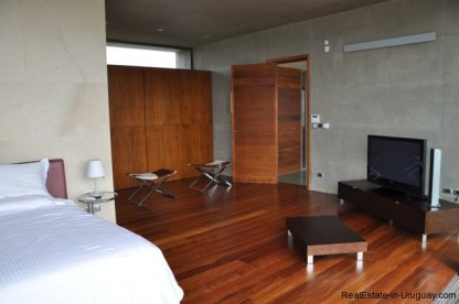 3980-Modern-Country-House-in-Punta-Piedras-1180