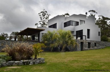 4307-Modern-Brand-New-Home-for-Rent-291