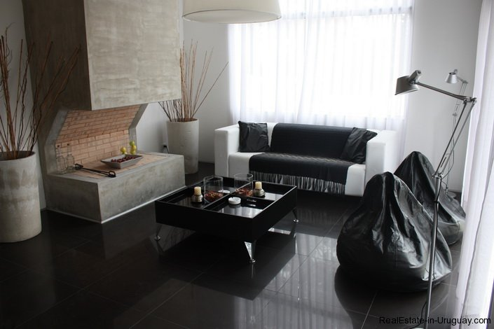 4317-Cozy-Modern-Designer-House-in-Montoya-459