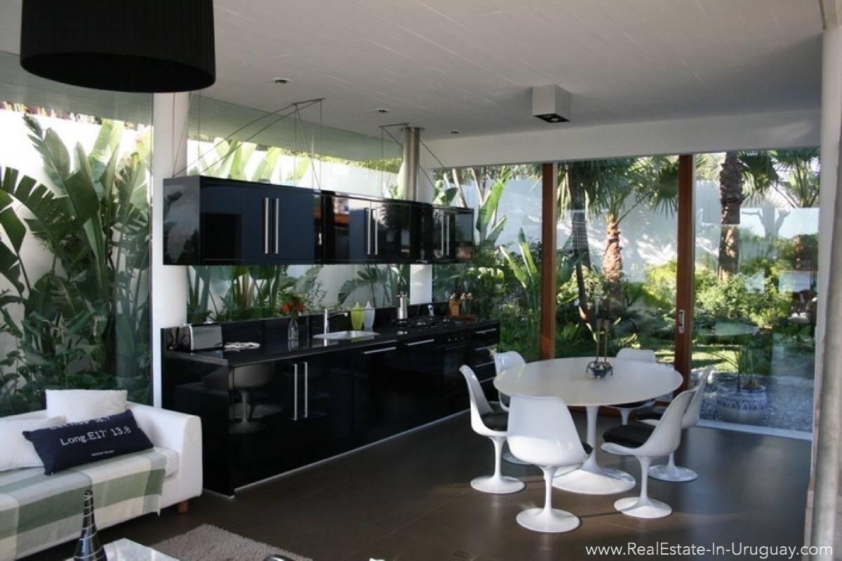 Modern Designer House - Kitchen