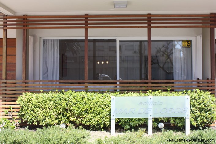 4641-Modern-Attractive-Apartment-on-Peninsula-254