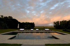 4006-Cozy-Spectacular-Modern-Inn-in-El-Chorro-by-Punta-Piedras-93