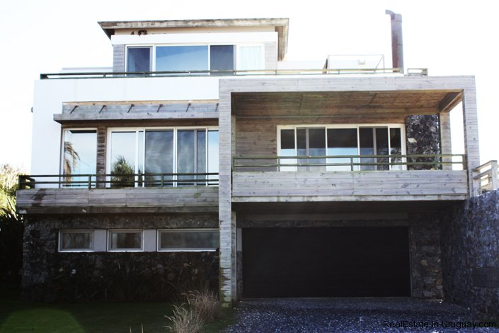4112-Modern-3-Story-Seafront-House-in-Manantiales-806