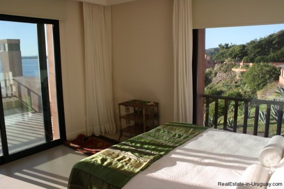 746-81-Modern-Sea-View-Duplex-Apartment-in-Punta-Ballena