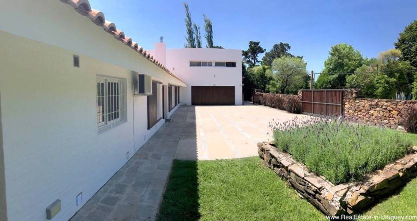 Astraia Front and Garage
