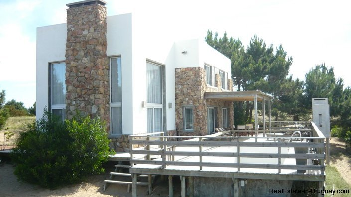 4172-Modern-Rental-Home-with-Great-Views-by-Jose-Ignacio-1217
