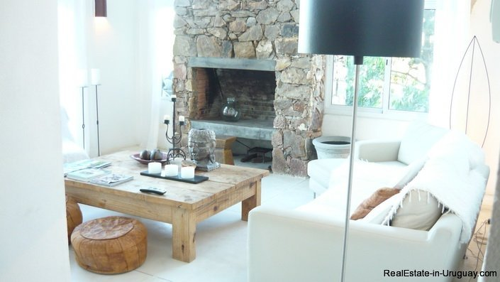 4172-Modern-Rental-Home-with-Great-Views-by-Jose-Ignacio-1222