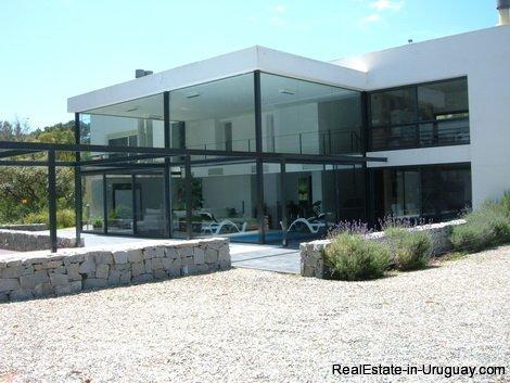 4706-Impressive-Modern-Residence-in-Playa-Brava-Area-1075