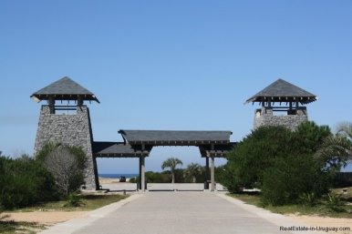 4880-Magnificent-elevated-Plot-overlooking-Jose-Ignacio-Lighthouse-and-Sea-1265