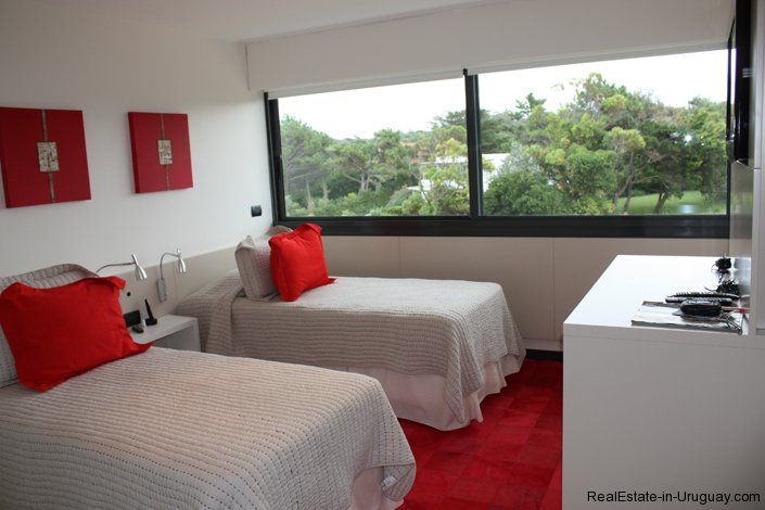 4019-Large-Terrace-Sea-Front-Apartment-on-Playa-Brava-1647