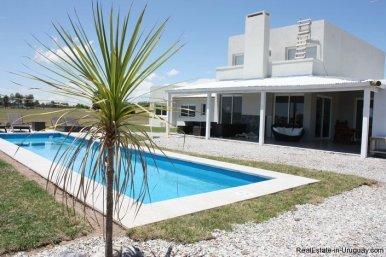 4381-Newer-Cozy-Home-in-El-Quijote-1439