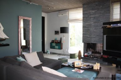 4453-Modern-Home-2-Blocks-from-Ocean-in-Montoya-1341