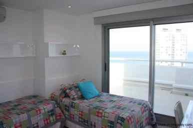 4543-Modern-Penthouse-with-360-Degree-Views-on-Playa-Brava-1979