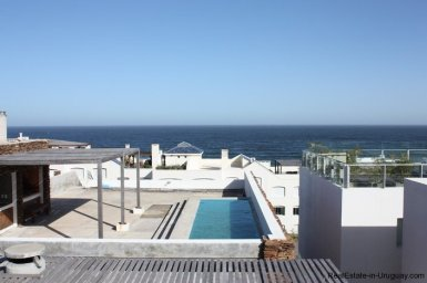4596-A-Modern-Seafront-Apartment-in-Manantiales-1563