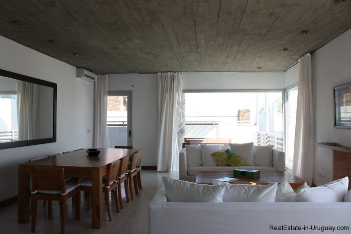 4596-A-Modern-Seafront-Apartment-in-Manantiales-1565