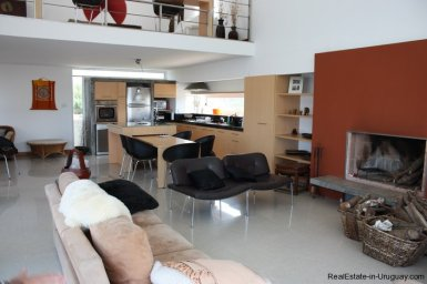 4665-Modern-Beach-Property-with-Incredible-Sea-Views-in-Rocha-1547