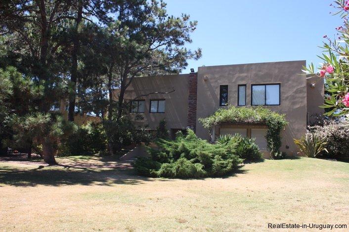 4714-Modern-Home-by-the-Sea-in-Rincon-del-Indio-Area-1527