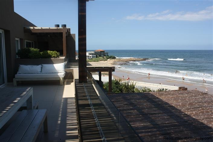4728-Spacious-Apartment-in-Peaceful-Surroundings-Steps-from-the-Beach-1513