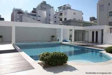 4868-Penthouse-by-El-Emir-Beach-on-Peninsula-2073