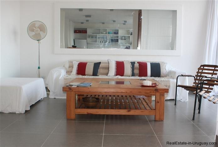 4889-Modern-Apartment-close-to-Bikini-Beach-1557