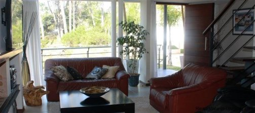 4891-Home-Living-with-Sea-and-Woodland-Scents-in-Montoya-1396