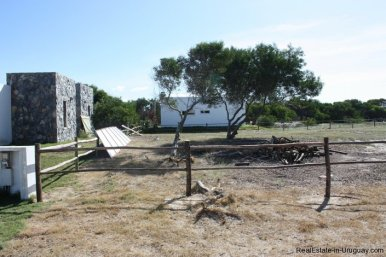 4515-Plot-just-Meters-from-Jose-Ignacio-Lagoon-by-La-Juanita-2150