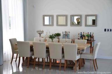 Quality Home in Beverly Hill - Dining Area