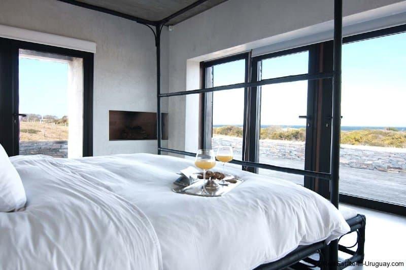 5120-Amazing-Designer-Home-with-Sea-and-Lagoon-Views-near-Jose-Ignacio-2748
