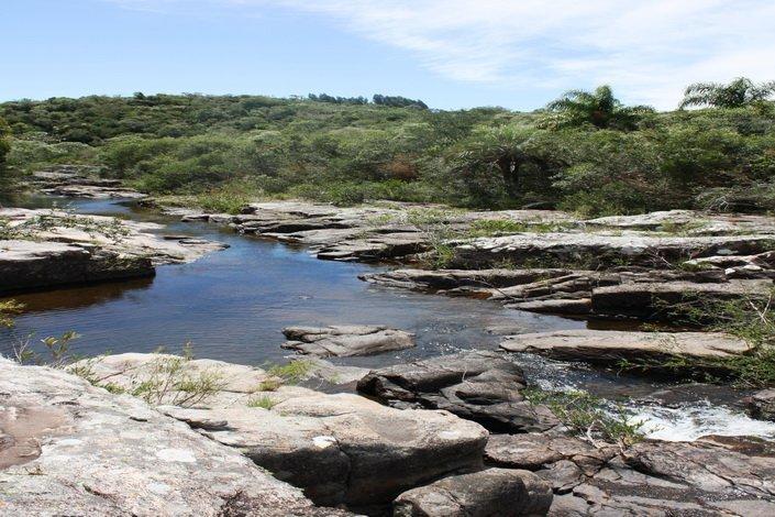 5160-Rocks-of-Small-Mountain-Farm-in-the-Aigua-Area