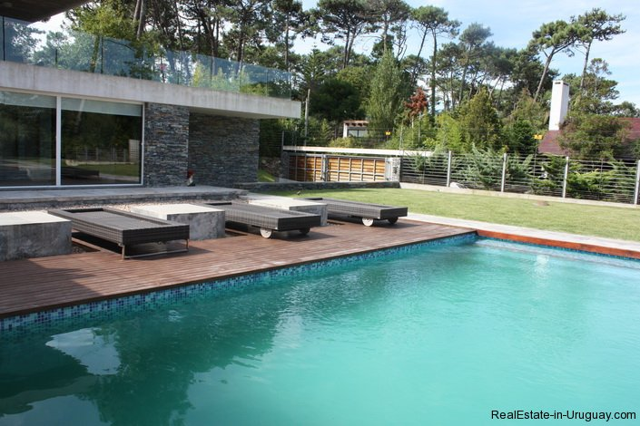 4799-Modern-Designer-Home-just-Steps-from-Mansa-Beach-3082