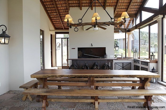 5080-Exclusive-Country-Hotel-or-Luxury-Family-Home-2764